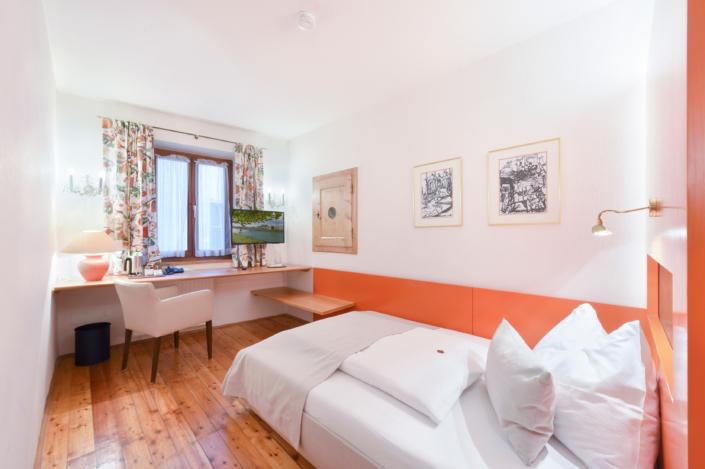 Einzelzimmer Komfort 24